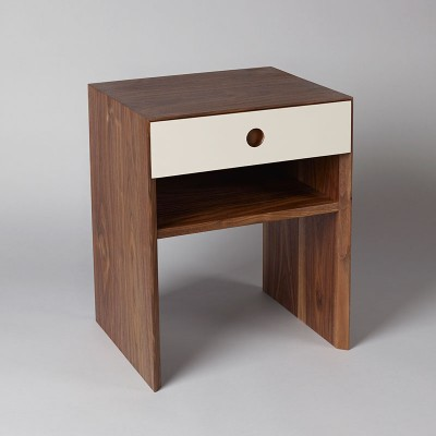 Walnut-Bedside-Table-01